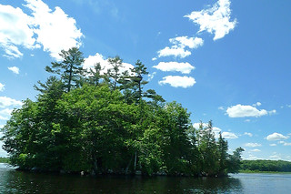 Maine - Lake Pushaw boat ride view 3