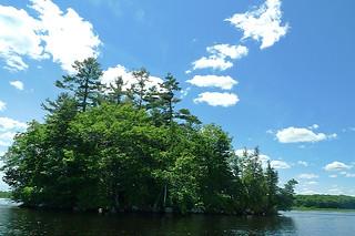 Maine - Lake Pushaw boat ride view 3