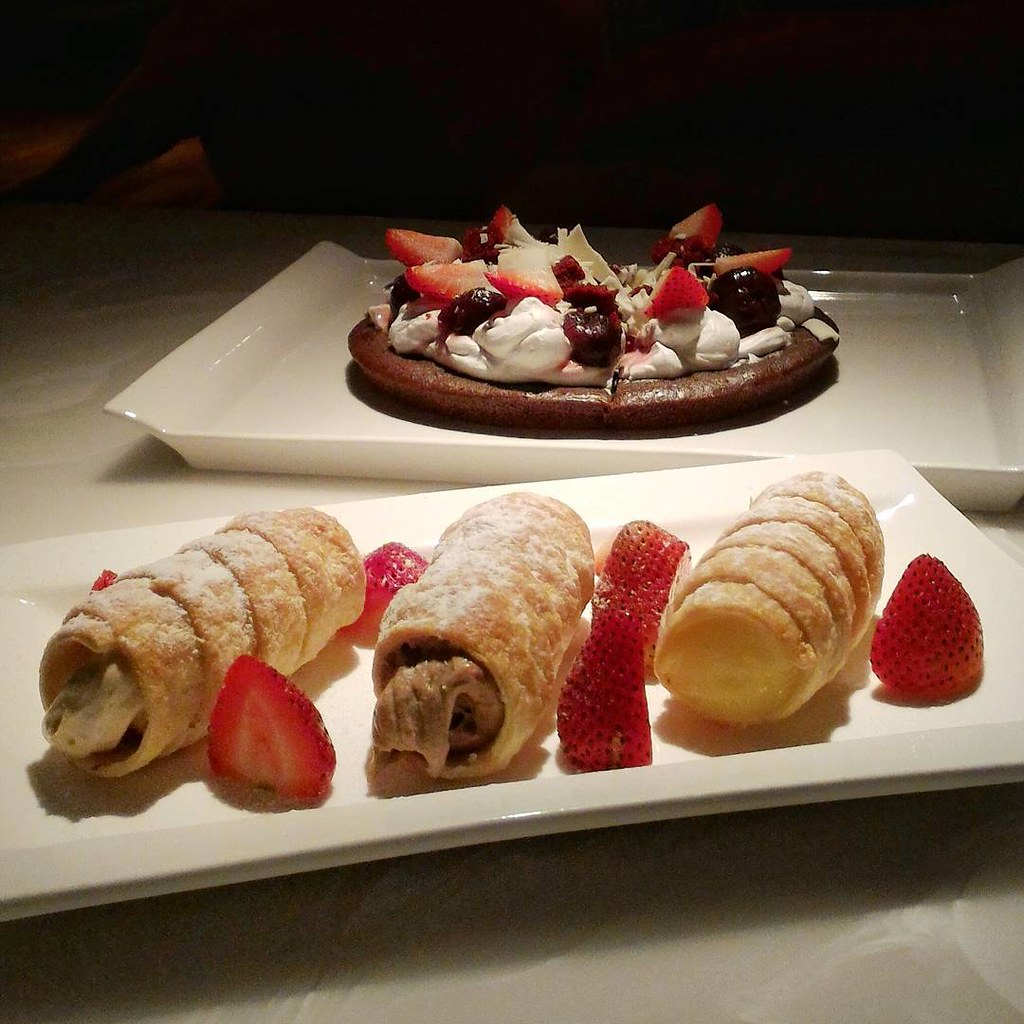 Cream puff horns and Red velvet dessert pizza ?? #RasaSayangResort
