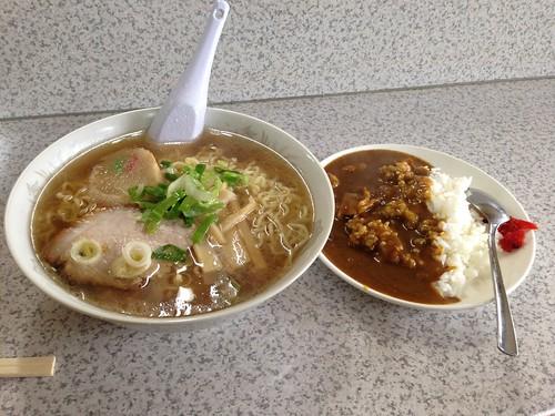 rishiri-island-matsuya-syokudo-ramen-curry-set