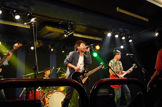 ASAKUSA69 live at 獅子王, Tokyo, 10 Jul 2015. L034