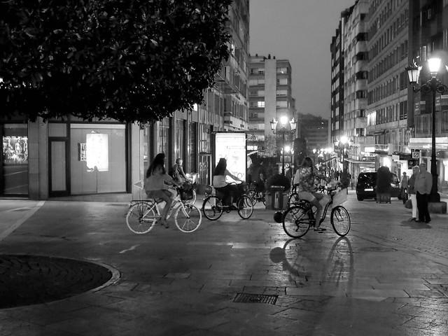 Las bicicletas son para la noche