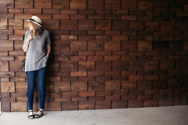 straw hat grey tunic5