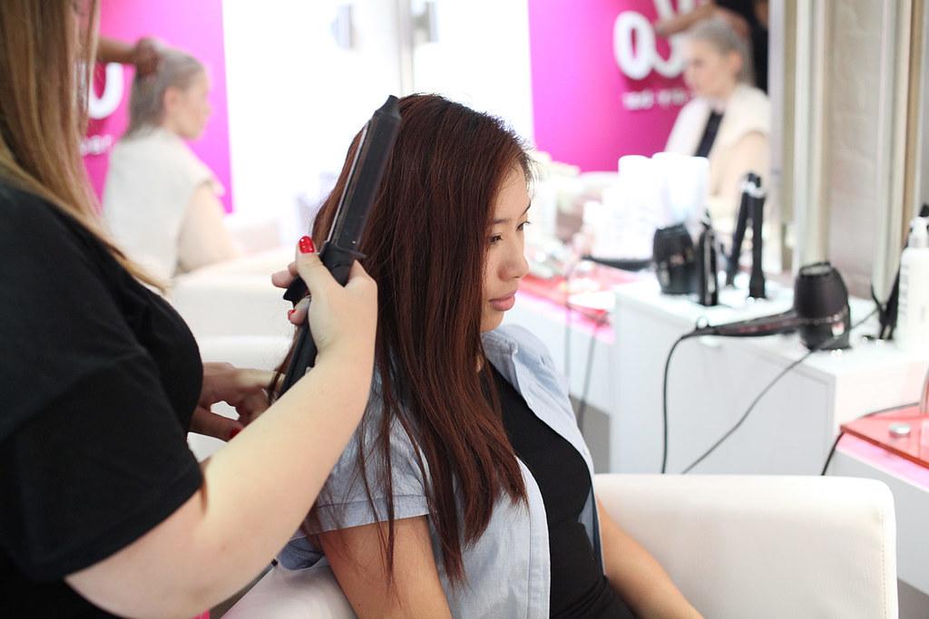 blo-blow-dry-bar-in-covent-garden-london-hair-stylist-salon