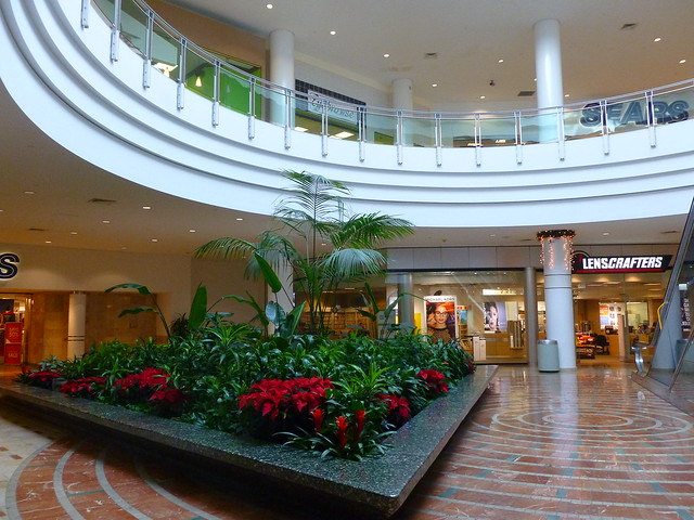 Tri-County Mall, Cincinnati, OH, Panasonic DMC-FH24