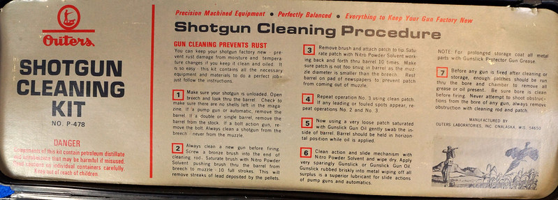 RD14438 Vintage Outers 12 Guage Shotgun Cleaning Kit # P-478 DSC07789