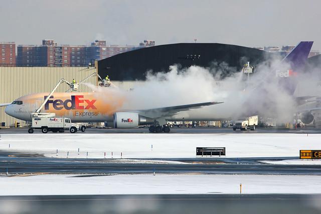 N142FE | Boeing 767-3S2FER | FedEx
