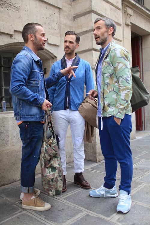 青がキーカラー Gジャン&カーディガン&迷彩ジャケットの着こなし