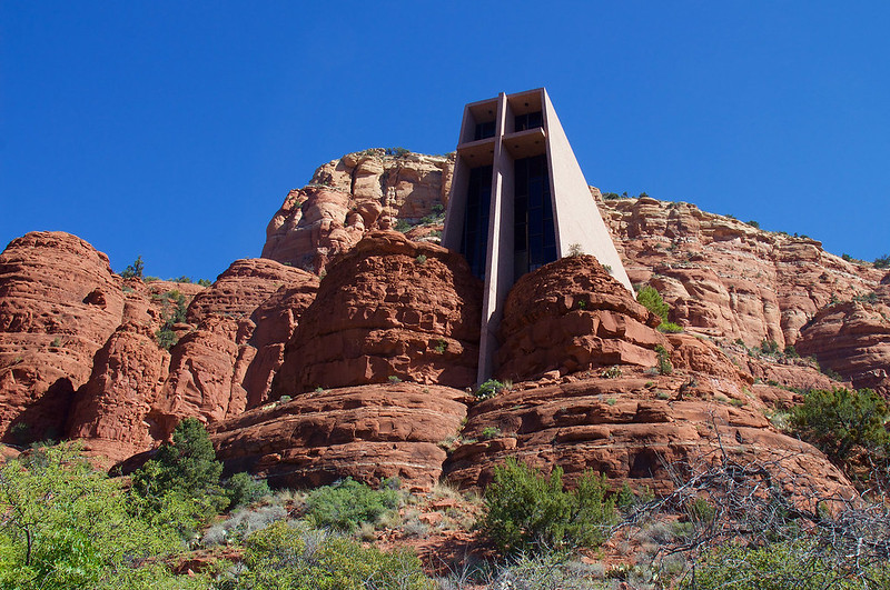(o Palssonu2013 Flickr/creative Commons License). Richard Hein Designed The  Catholic Chapel Of The Holy Cross ...