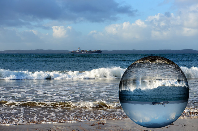 Queenscliff Globe