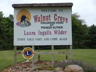 Walnut Grove sign