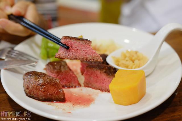 20396562801 05c6045342 z - 【熱血採訪】牧穀禾牛牛排麵,可同時享受Prime等級牛肉麵與牛排喔!