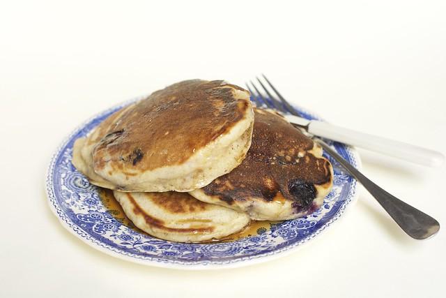 Pancakes au citron et myrtilles