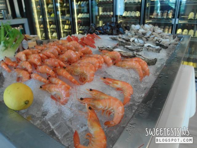 una summer sunday brunch prawns mussels oysters