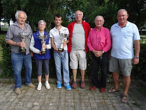 08/08/2015 - Mille Club (Morlaix) : Les finalistes du concours de boules plombées en triplettes formées