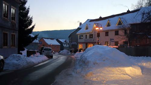 17056.Schnee vor'm Café Otto