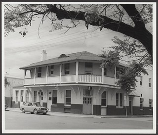 Dover Castle Hotel, Archer Street, North Adelaide, 1976