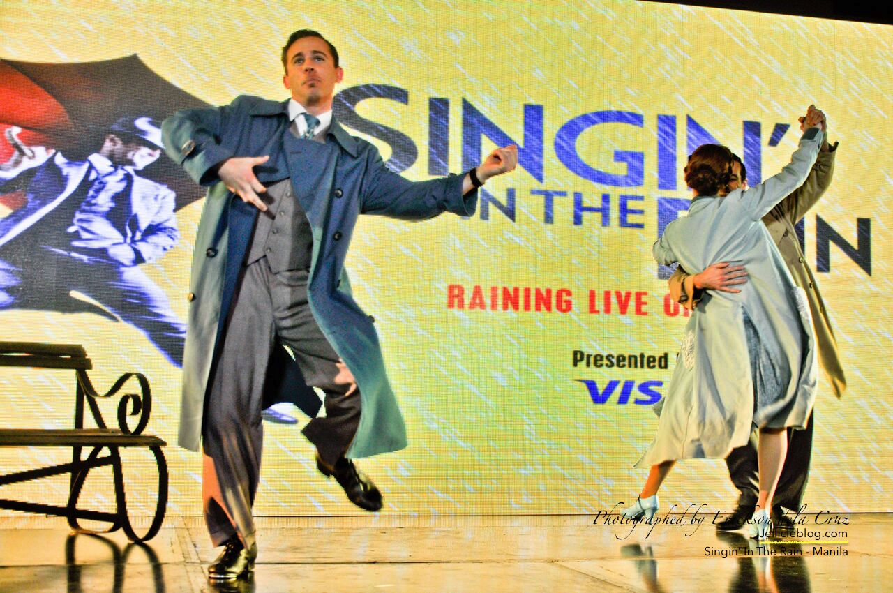Singin In The Rain On Stage