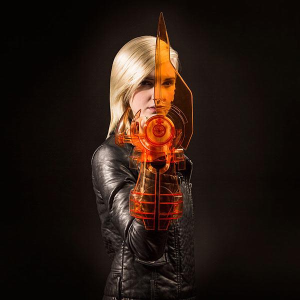 ThinkGeek【質量效應3:電子刀】Mass Effect Omni-Blade Cosplay Weapon 跟著指揮官薛普走總沒錯!!