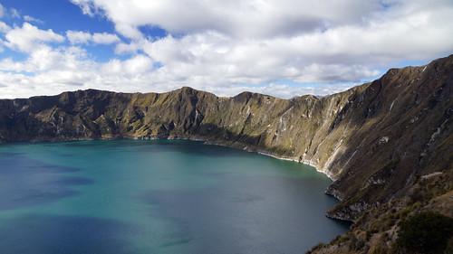 lake southamerica volcano ecuador sony crater caldera andes a77 quilotoa sonya77