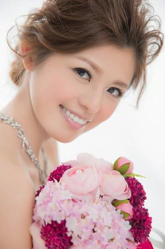 美嬌娘怎能有黃板牙?結婚前來台中豐美牙醫牙齒美白改造一下! (4)