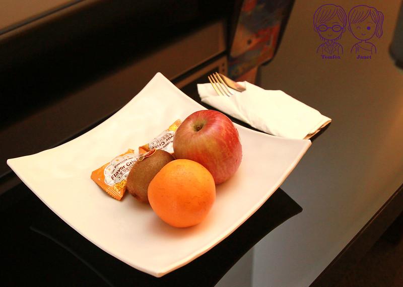 9 南方莊園 豪華客房 迎賓水果與鳳梨酥