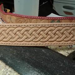 #celtic #endlessknot #leatherdogcollar #handmadedogcollar #customcollar #irishsetter