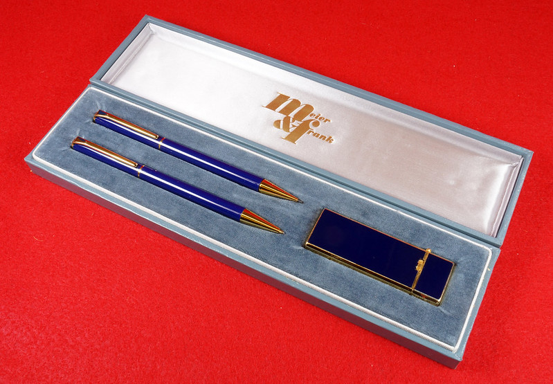 RD15089 Vintage Meier & Frank Pencil and Ink Pen with Long Sharp Lighter Set in Box Japan DSC07517