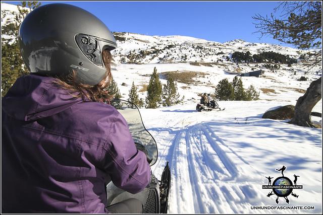 Andorra, Grandvalira. Motos de nieve