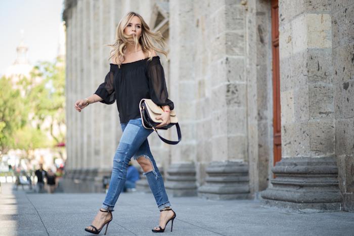 Cassandra de la vega jeans