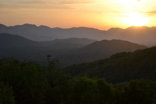 sunset mountain europe greece balkans mountainrange epirus pogoni kerasovo κεράσοβο διακοπεσ15