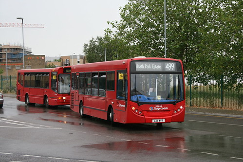 Stagecoach London 36262 on Route 499, Romford Queen's Hospital