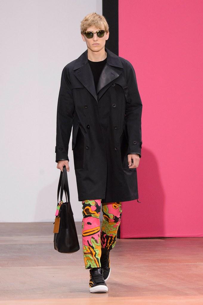 Jeroen Smits3245_SS16 London Coach(fashionising.com)