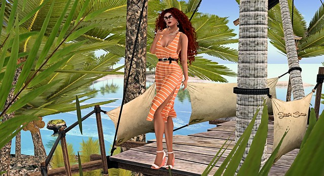 279 - Monia at the Dreamin' Beach