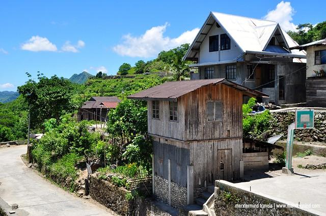 Mabilong Weaver's Village