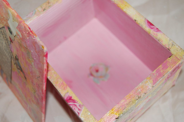Inside rosy tea box