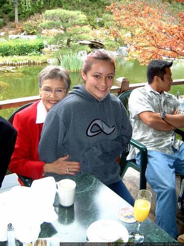 mrs. abbott & her granddaughter   dscf0430
