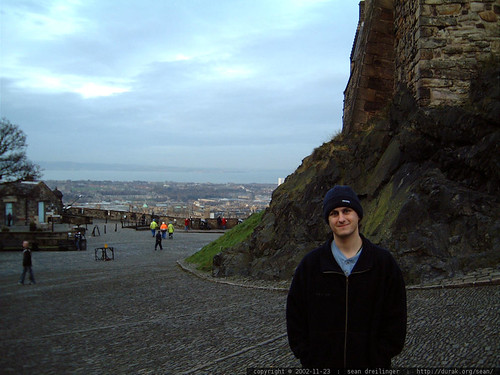 sean at edinburgh castle   dscf3434
