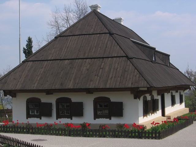 typical ukranian house from XVIII century