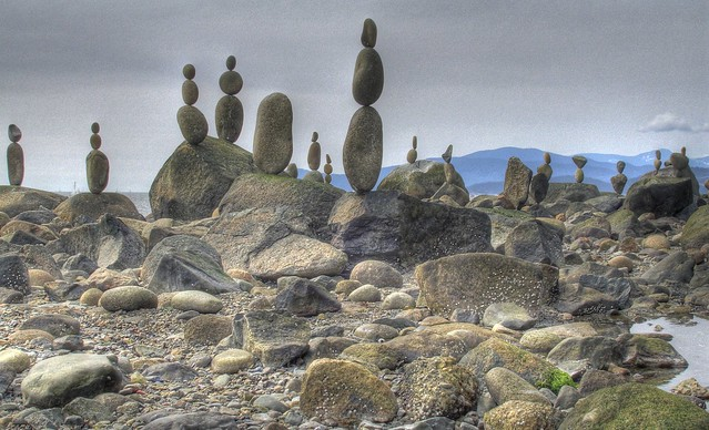 Kent Avery stone balancing, Vancouver