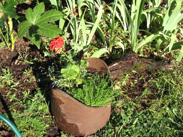 Garden Junk I Got Inspired By The Gardenweb Garden Junk