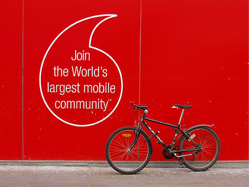 Photo:Mobile Community By:kamshots