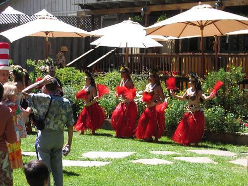 Tahitian Dancers