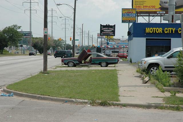 Custom car on 8 mile road detroit flickr photo sharing