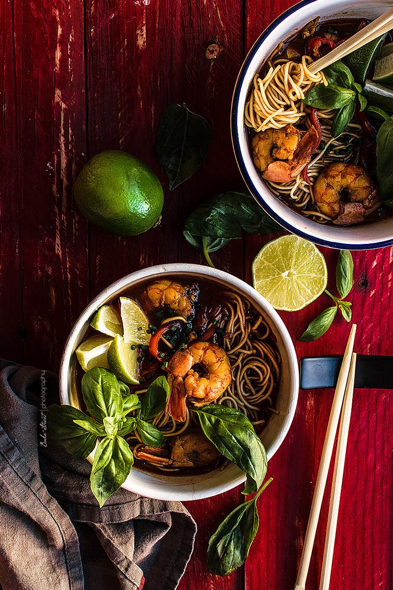 Tom Yam Kung, sopa Tailandesa de coco y curry