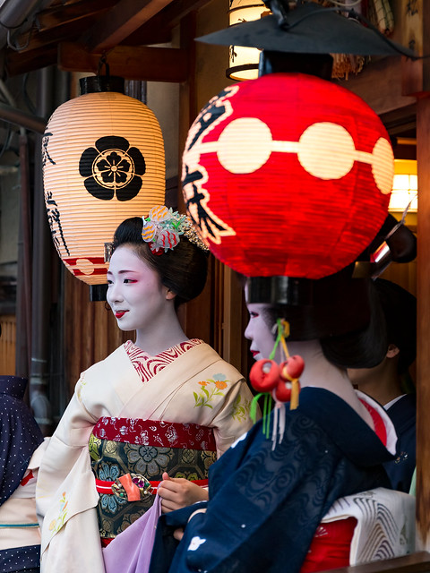 花見小路の舞妓さん - 祇園祭 神幸祭 / Gion Festival