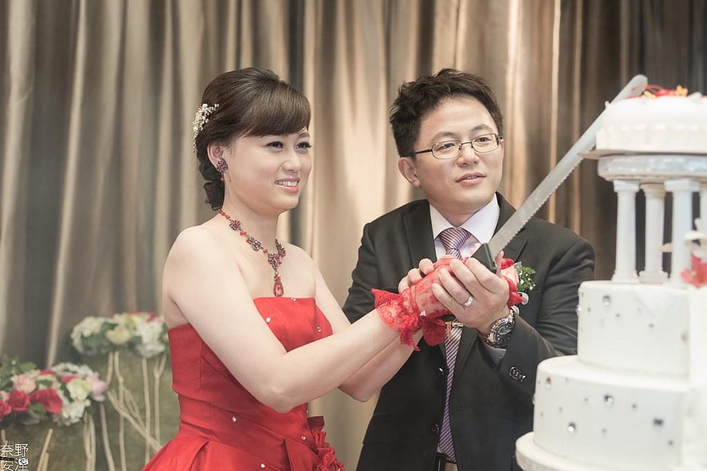 台南婚攝-繼中&佳芸-迎娶午宴 X 東東宴會式場-東嬿廳 (79)