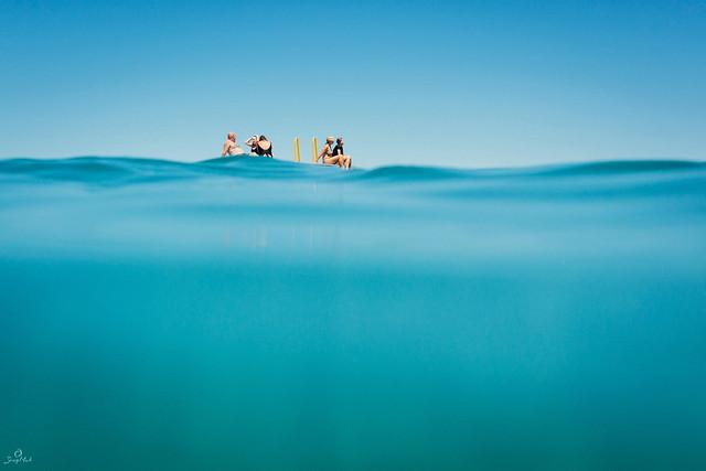 Floating, Nikon 1 AW1, 1 NIKKOR AW 11-27.5mm f/3.5-5.6