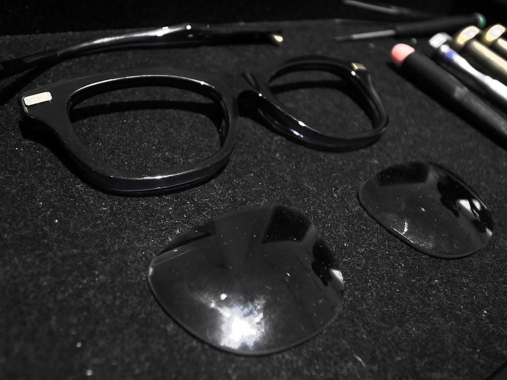 圖6-Tommy-Ogara--workshop-眼鏡細節