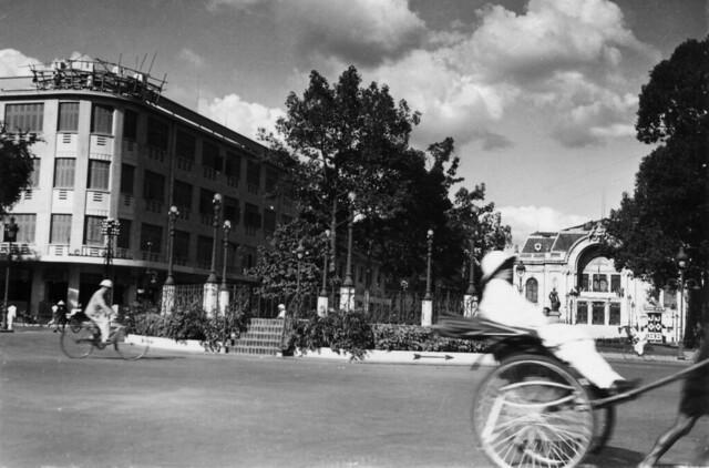 Saigon 1938-39 - Bồn kèn, nay là vòng xoay bồn phun nước